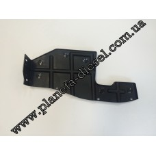 Защита моторного отсека (пластиковая) правая