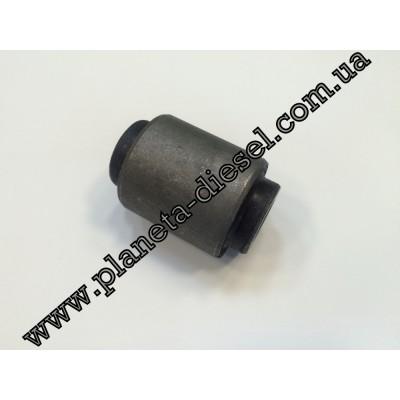 Сайлентблок заднего кулака (нижний) - Q005-0268