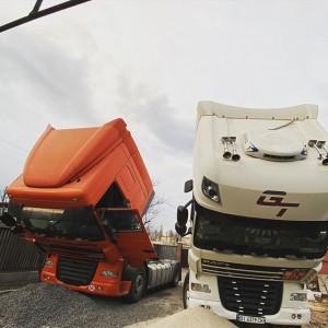 2 красавца DAF XF105.410 и XF105.460. На левом полный ремонт топливной системы, на правом Smart инжекторов. ———————————-