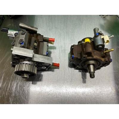 Выполнили ремонт 2 топливных насосов Continental. Левый с LandRover для @usp.in.ua , заменили фланец, плунжерные пары, клапан PCV. Правый с Citroen для постоянного клиента из г. Запорожье , заменили ремкомплект и сальник. Оба ТНВД прошли успешное тестирование на стенде Bosch EPS708 ——————————-